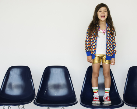 Petite fille Sourire Bonheur Portrait Studio Banque d'images