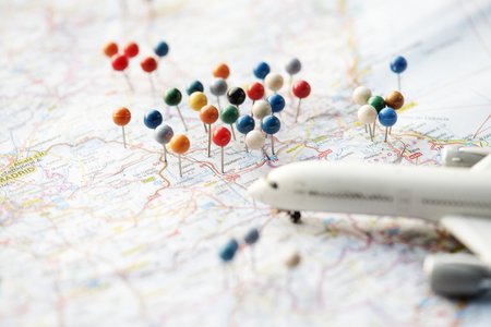 reisplanning met kaart Stockfoto