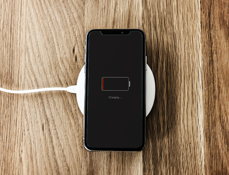 Charging a low battery smartphone