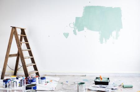 House renovation wall coloring Standard-Bild