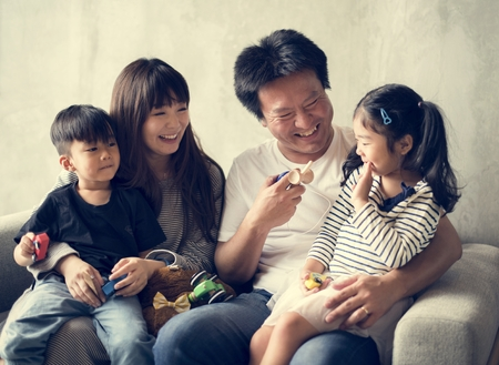 Happy japanese family 스톡 콘텐츠