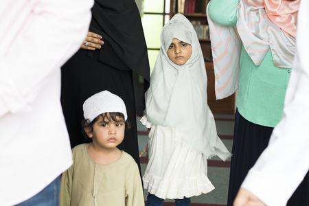 Muslim kids at the mosque Stock Photo - 102861032