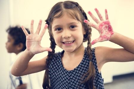 Happy girl in elementary school 版權商用圖片