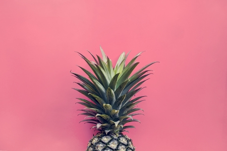 Pineapple with pink background Stockfoto