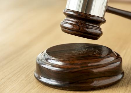 Gros plan du concept de jugement marteau
