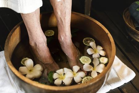Invité de l'hôtel se détendre au spa