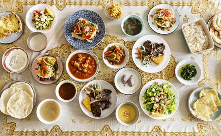Platos para una fiesta de Ramadán