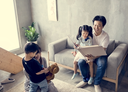 Family spenting time together at home 스톡 콘텐츠
