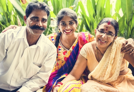 A happy Indian family Imagens