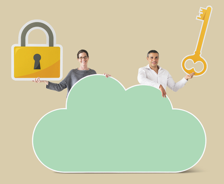 People holding cloud and security icons Foto de archivo - 109896108