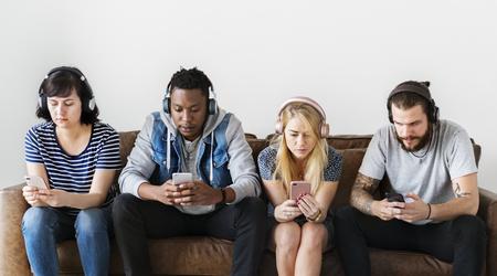 People together enjoying music 版權商用圖片