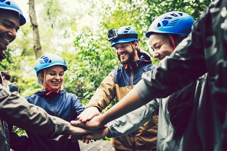 Team building outdoor in the forest Imagens
