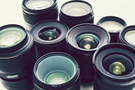 Obiettivo digitale isolato su sfondo bianco Archivio Fotografico
