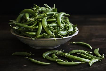 Close up of raw green peas 版權商用圖片