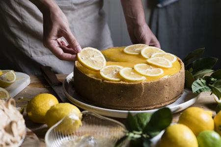 Lemon chessescake food photography recipe idea 版權商用圖片