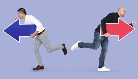 Men running with arrows 版權商用圖片
