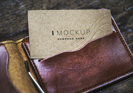 Name card mockup in a wallet Foto de archivo - 111957295