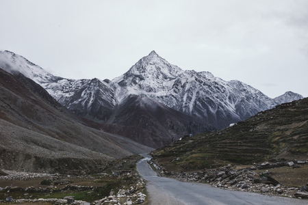 Road to the Himalaya mountains
