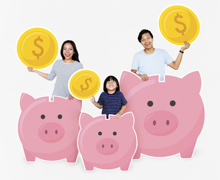 Happy family with savings in piggy banks Banco de Imagens - 112893267