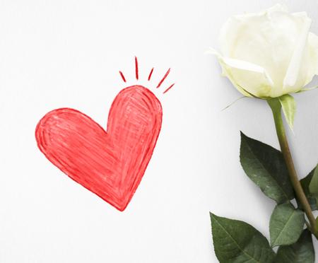 Coeur rouge sur une carte de saint valentin