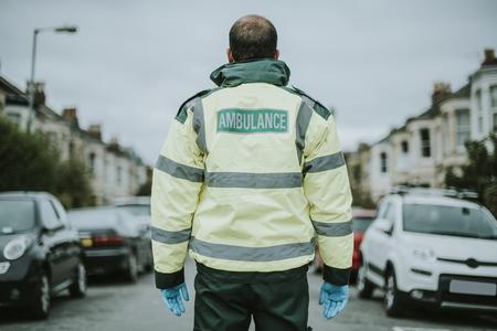 Portrait of a male paramedic in uniform Imagens