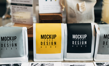 Mockup of coffee bean packaging Standard-Bild - 116614876
