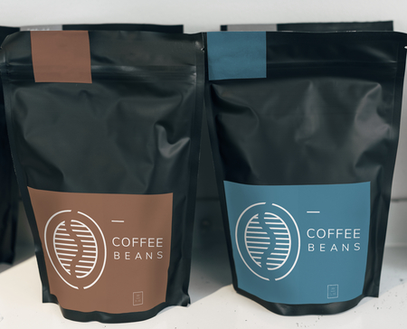 Coffee bean bag mockup design 版權商用圖片 - 116620975