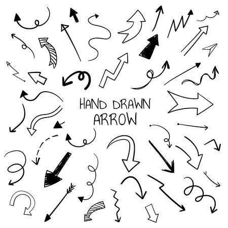 Ensemble de vecteurs de flèches doodle dessinés à la main