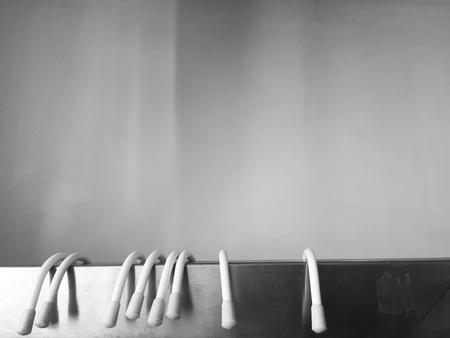 Plastic hangers on a silver rack Zdjęcie Seryjne