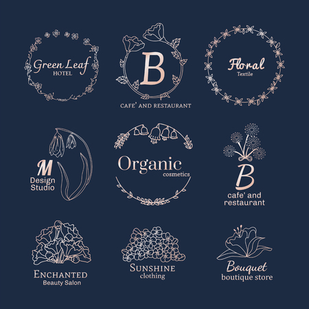 Floral feminine logo design set vector Banque d'images - 119998128