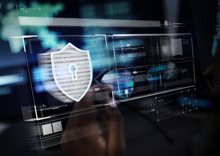 Símbolo de candado para sistema de protección de datos informáticos