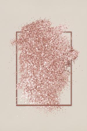 Brillo de oro rosa con un marco de rombo rojo pardusco sobre una ilustración de fondo beige