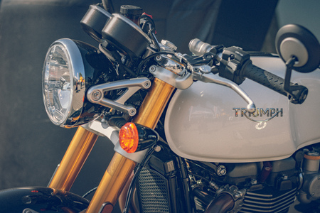 """ROTTERDAM, NETHERLANDS - SEPTEMBER 2 2018: Motorcycles are shining at Dutch motor event """"Rotterdam Dirt Ride"""" Éditoriale"""