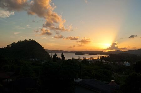 railey: tramonto vista della spiaggia Archivio Fotografico