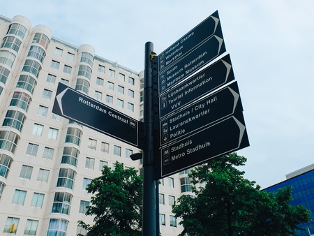 Rotterdam, The Netherlands - May 16, 2017. Road sign in the center of the city Редакционное