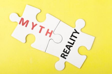 2 つの部分のパズルの神話と現実の言葉