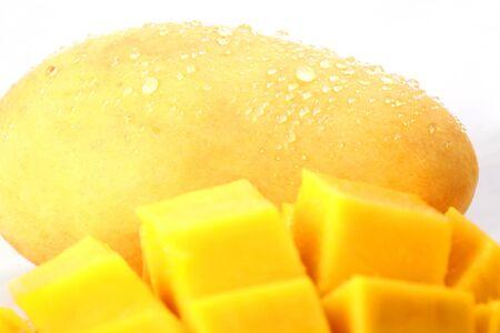 manggo fruits frais sur la plaine backgronddiscpicture Banque d'images