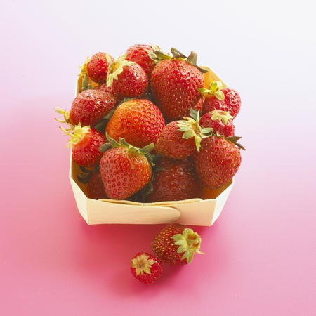 Organic Strawberries in Carton Stock Photo
