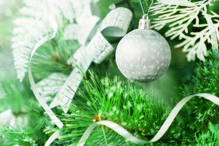 Christmas balls on the Christmas tree. close-up, concept and great background for text and greeting card Reklamní fotografie - 135496538