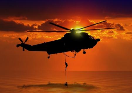 바다에서 구조 헬리콥터