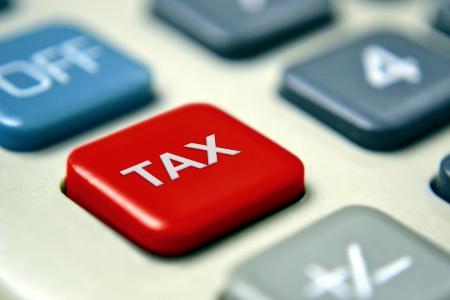 incremento: Calculadora de impuestos con el botón rojo