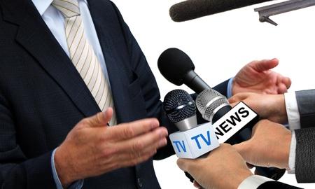 대변인과 미디어 인터뷰