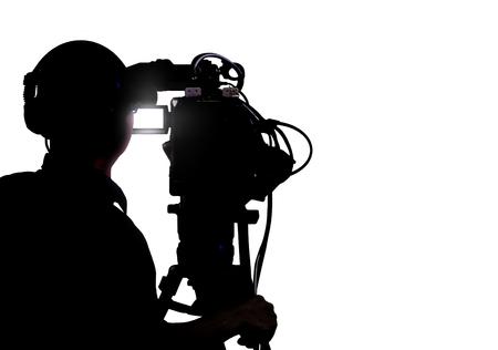 Camarógrafo de tiro sobre blanco