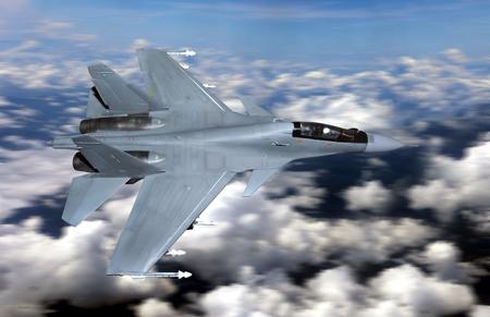 曇り空の上を飛んでの軍用戦闘機
