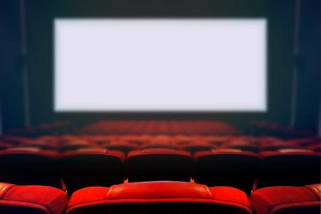 空白の画面に空の映画館