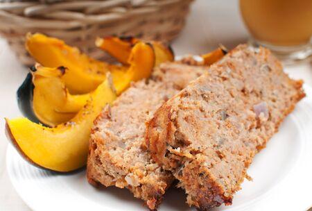 meat loaf: Meat loaf and vegetables close-up horizontal
