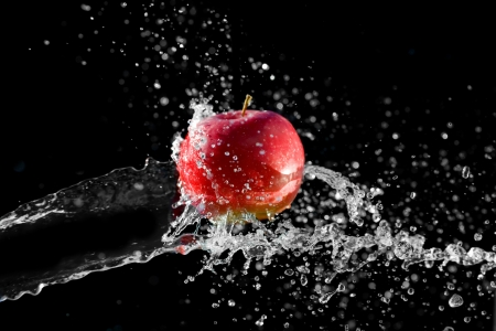 Shot of apple in the water Stock Photo - 14065766
