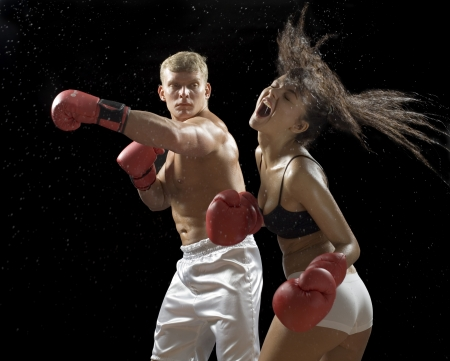 female boxer: Hot battle between man and woman
