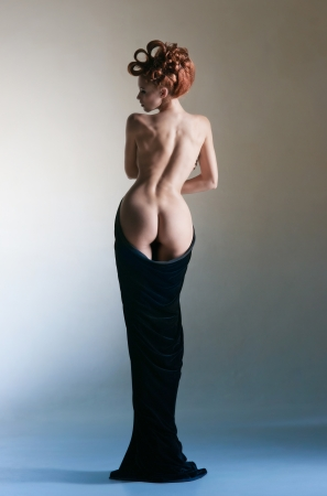 naked woman back: Beautiful body of the young girl