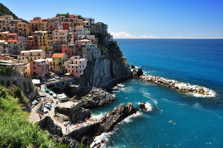 Manarola fisherman village in Cinque Terre, Italy photo